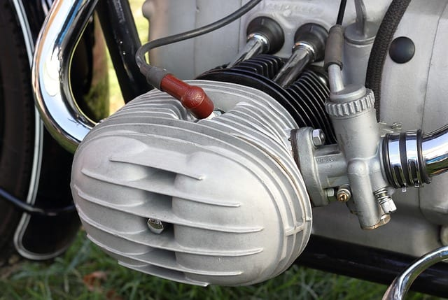 motorcycle-engine-cylinder